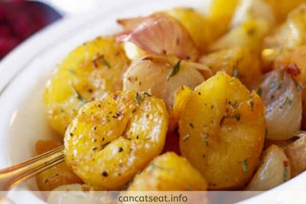 Bowl of Cooked potatoes