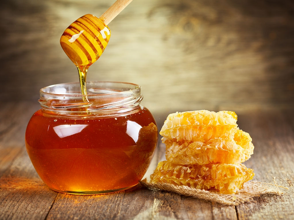 Is it Safe to Give Manuka Honey to cat
